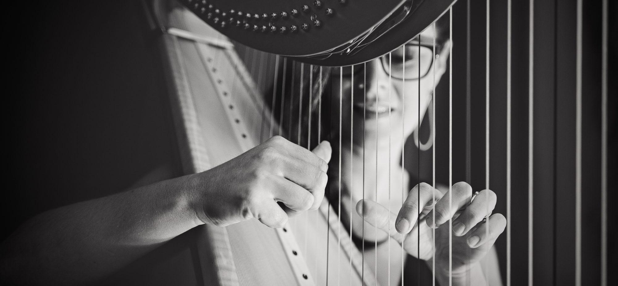 Emily Sanzaro – Tasmanian Harpist